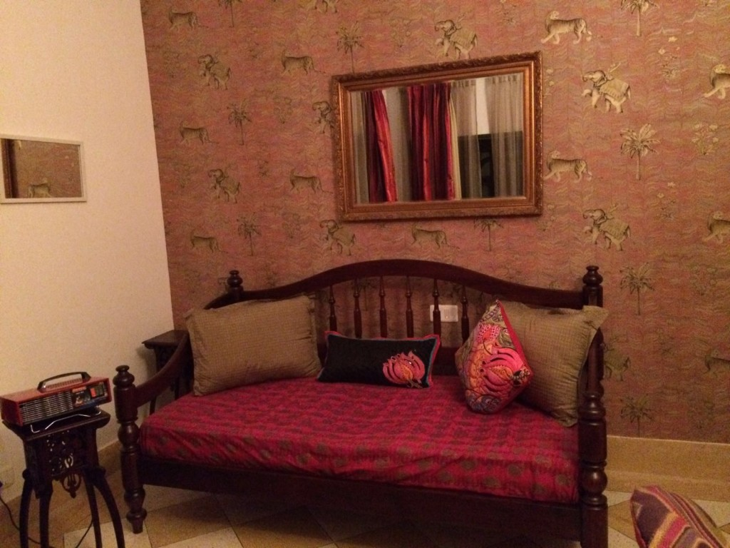 Sitting area in room - Dudhwa Jaagir lodge
